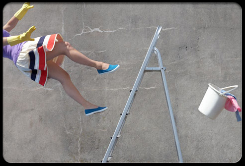 back_pain_myths_s5_woman_falling_off_ladder